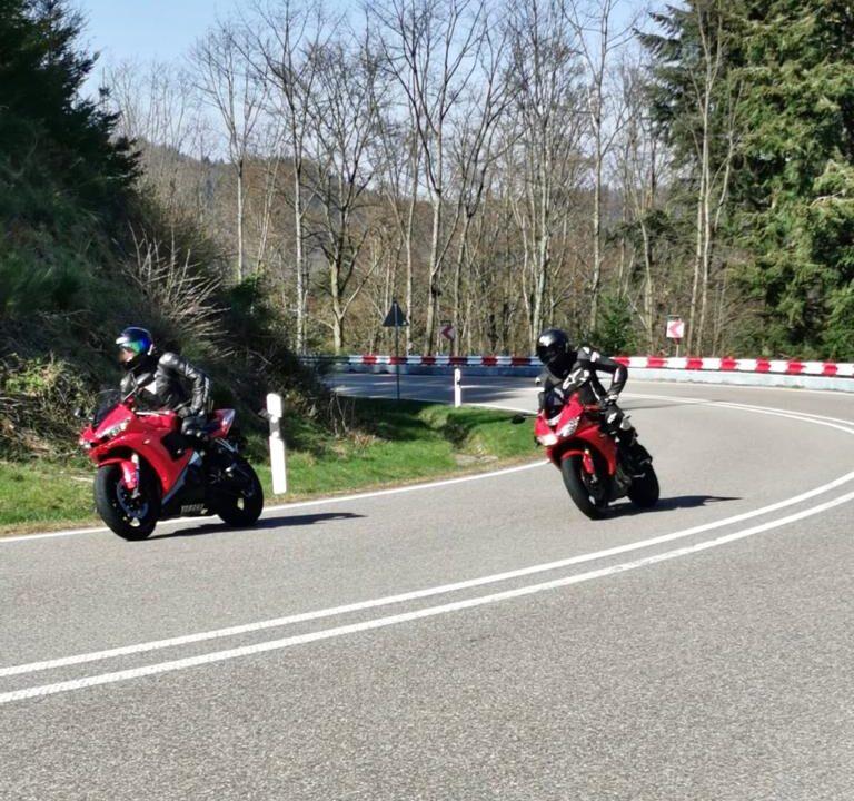 Unfallversicherung Motorradfahrer